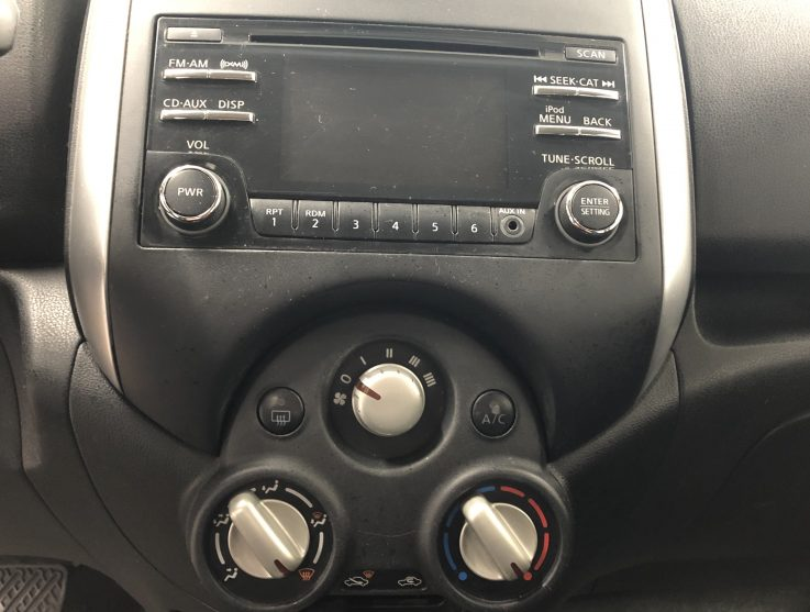 Nissan Versa  | 2014